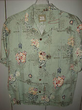Toes on the Nose  Mens Med  Surfer Collectibles & Hibiscus on Green S/S/Mint
