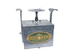 Spin Tech 12 Volt Digital Timer, Deer and Corn Feeder  VARMINT AND WIND PROOF!