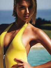 Jessica Alba A4 Photo 24