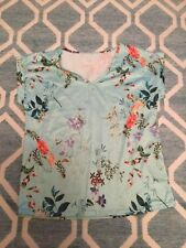 Turquoise Floral Patterned V-neck T-shirt, XL. New!