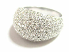 FINE PAVE DOME DIAMOND RING 2.32 carats 18kt White Gold