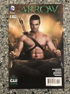 ARROW #11 NM (DC 2013) CW TV Show, Stephen Amell Photo Cover, Oliver Queen