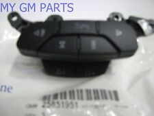 GM STEERING WHEEL RADIO BLUETOOTH VOLUME CONTROL SWITCH NEW OEM  25851951