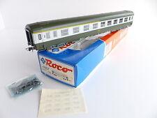ROCO 44607 VOITURE VOYAGEURS TYPE UIC 1E / 2E CL SNCF