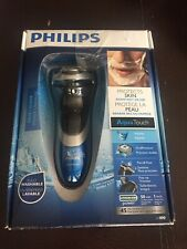 Philips AT890/20 AquaTouch Wet & Dry Electric Face Shaver For Men