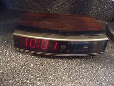 Vintage GE clock radio # PB 7 -4619A. very good