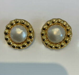 Chanel Earrings 1980's Vintage Faux Pearl Clip On Earrings