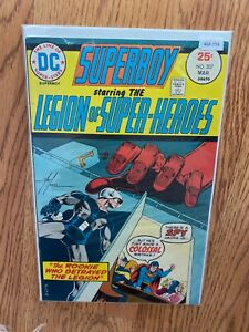 Superboy starring The Legion Of Super Heroes 207 - Comic Book - B68-159