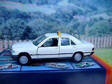 1/43 Gama mini (Germany) Mercedes 190 Taxi