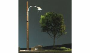 Woodland Scenics ~ N Scale ~ Wooden Pole Street Light ~ Pack of 3 ~ JP5638