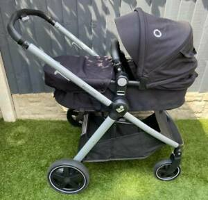 *Maxi Cosi Zelia Stroller - Essential Black - 2 in 1 Pushchair, Carrycot USED*