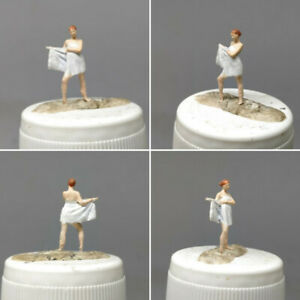 SEXY WOMAN WITH TOWEL SHOWER BATH #5 HO 1:87 MINIATURE FIGURE NO PREISER