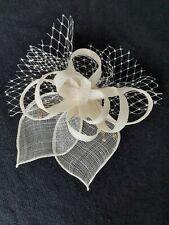 Handmade Beretun Designs (Brighton) Cream Fascinator/Clip with Diamante BNIB