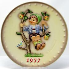 Goebel Hummel 1977 Annual Christmas Collector Plate