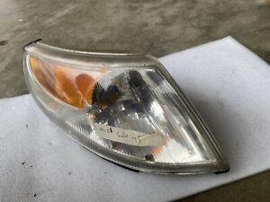 Marker Parking Turn Signal Corner Light Right Passenger Side for 99-01 Saab 9-5