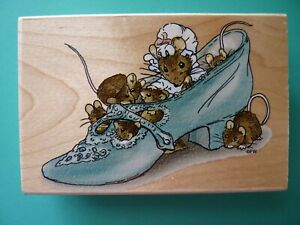 Beatrice Potter's Mice Family in Shoe STAMPENDOUS Rubber Stamp RARE