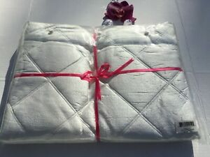 NEW 2 PC SET Ann Gish Neiman Big Diamond Ivory100% Silk Standard Pillow Shams