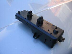 99-04 JEEP GRAND CHEROKEE PASSENGERS SIDE RIGHT POWER DOOR LOCK WINDOW SWITCHES