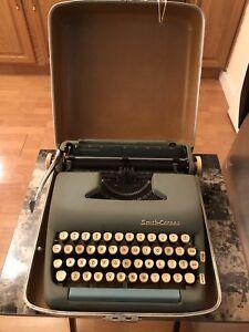 Vintage Smith Corona Silent Super  Portable Typewriter W/ Case