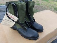 12 PAIRS SIZE  6.5 XN  EXTRA NARROW JUNGLE BOOTS MILITARY SURPLUS NOS  ARMY LOT