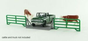 1:64 Livestock cattle crossing gate 3D to Scale Diorama Display Farm