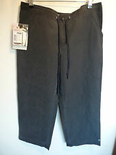 Billabong Girlswear Navy Cropped Trousers  SIZE 4  UK 12  £46.99  BNWT
