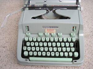 VINTAGE HERMES 3000 PORTABLE TYPEWRITER SEAFOAM GREEN KEYS WITH CASE & MANUAL NI
