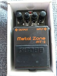 Boss Metal Zone MT-2 - Guitar Effects Pedal Distortion