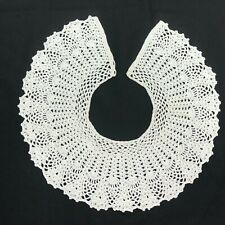 Vintage Hand Tat Crochet Winter White Button Back Collar