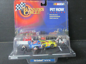1998 Winners Circle Pit Row Series # 3 Dale Earnhardt