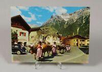 AK Ansichtskarte Almabtrieb in Mittenwald mit Karwendelgebirge - ungelaufen /134