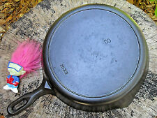 GRISWOLD IRON MOUNTAIN # 8 CAST IRON SKILLET # 1033 Vintage Cookware