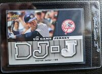 2009 UPPER DECK DEREK JETER GAME USED JERSEY CARD NEW YORK YANKEES HALL OF FAME