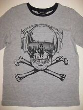 Boys Long Sleeved Skeleton Skull and Crossbones t-shirt ages 4 to 14 BNWT