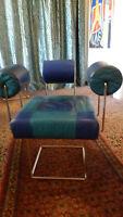 Architektenstuhl/Sessel im Memphis Stil der 80er Jahre, Chrom und Leder blau und