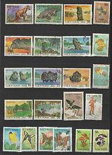 années 80 Viêt Nam un lot de timbres oblitérés  / T1696