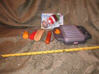 FISHER PRICE Fun  Food Barbeque BBQ Grill Pretend Play kabobs hot dog ketchup