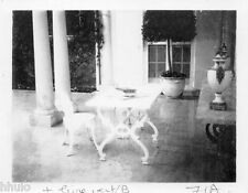 POL821 Polaroid Photo Vintage Original table chaise terrasse sur-exposition