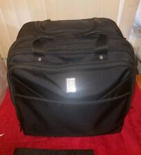 TravelPro PILOTS VIP Expandable Deluxe Rolling Computer + Tablet Brief Suitcase