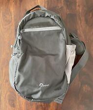 Lowepro StreamLine Sling Bag (fits Camera, Accessories & iPad- Grey - EUC