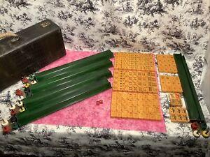 vintage MAH JONGG Game. CARMEL TILES, GREEN MARBLE Trays 146 Tiles (COMPLETE?)