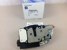 Chevrolet S10 Blazer GMC Jimmy Oldsmobile LH Drivers Front Door Latch new OEM