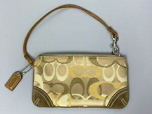 COACH Small Clutch Bag Beige Wristlet Jacquard Logo Monogram Zip Top Key Fob