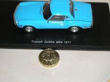 Voitures, camions et fourgons miniatures bleus Spark en résine
