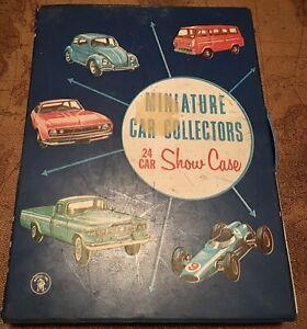 Mattel Miniature Car Collectors 24 Car Showcase (with 17 Cars)