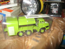 Peterbilt 389 TNS #7 with 53' Dryvan in 1/87 scale - Diecast by TON
