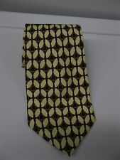 Paolo Gucci 100% Silk Red Gold Stirrup Pattern Neck Tie Made in Italy
