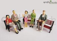 8 x Modell Figuren, sitzende, für Modellbau 1:25, Modelleisenbahn LGB Spur G