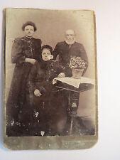 Pr. Stargard - junge Frau & altes Paar - Mann mit Bart  - Blumentopf / KAB
