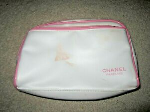 Chanel Parfums Cosmetic Makeup Bag White foe leather With Pink trim pockt zipper